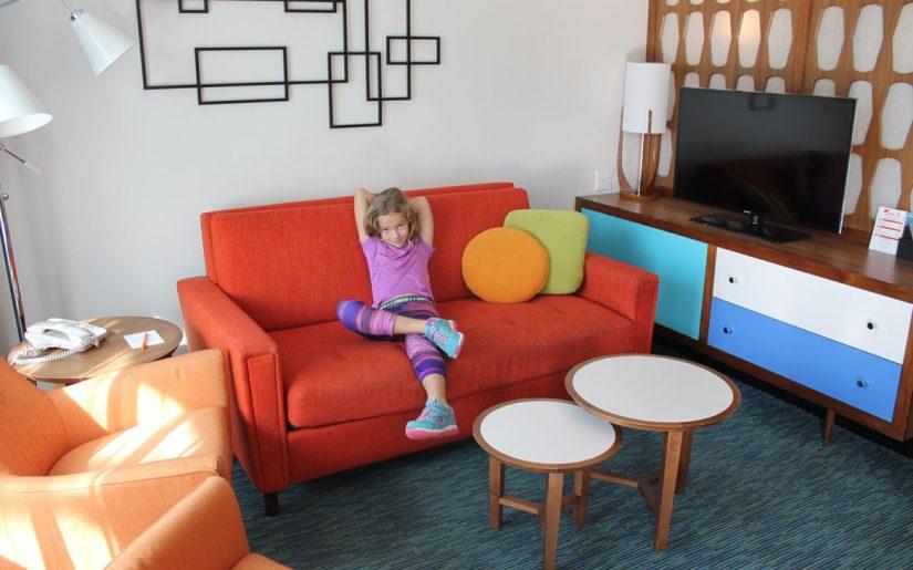 family-suites-at-universals-cabana-bay-beach-resort10