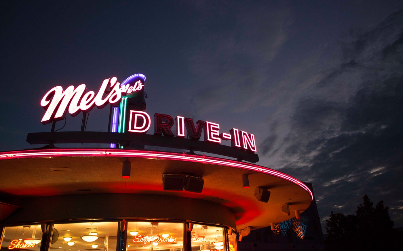 Mel's Drive-In During Halloween Horror Nights