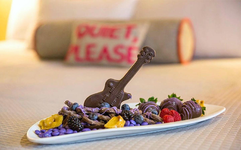 Hard Rock Hotel - Room Service