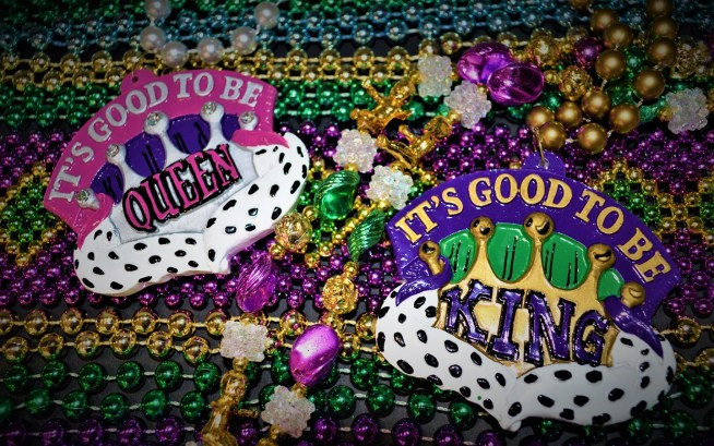Mardi Gras Merchandise - It's Good to Be KingQueen Beads