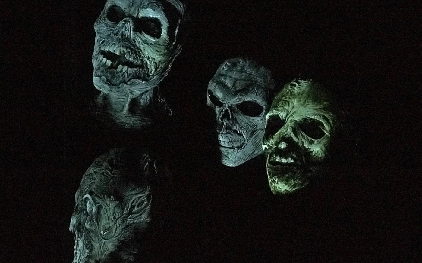 Halloween Horror Nights 2018 Dead Exposure - Patient Zero Skulls