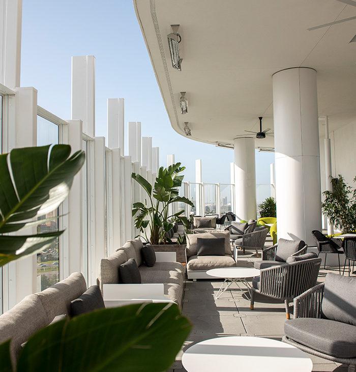 Universal's Aventura Hotel - Bar 17 Bistro 2