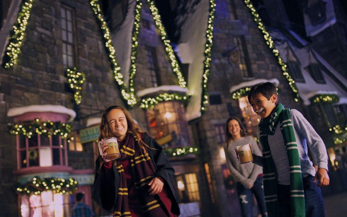 Hot Butterbeer During Christmas in The Wizarding World of Harry Potter