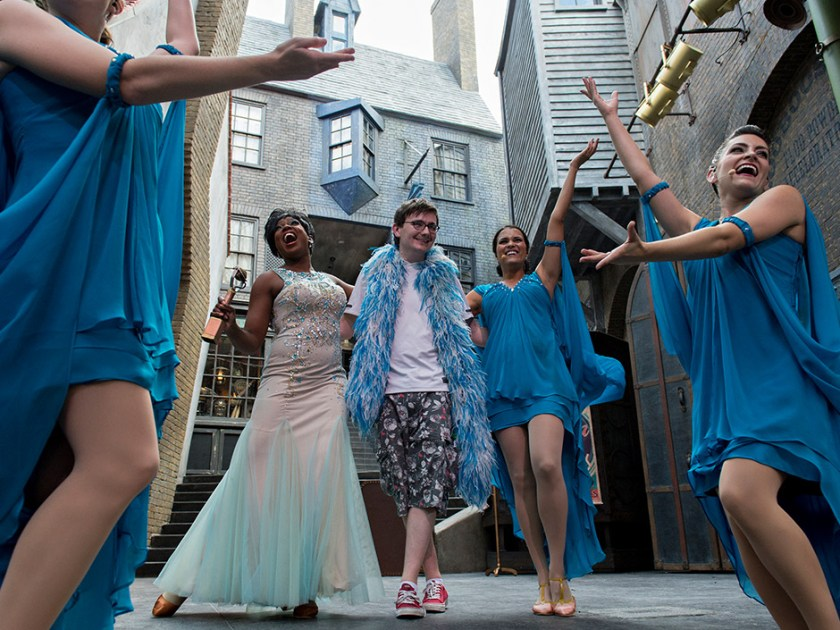Celestina Warbeck in Diagon Alley