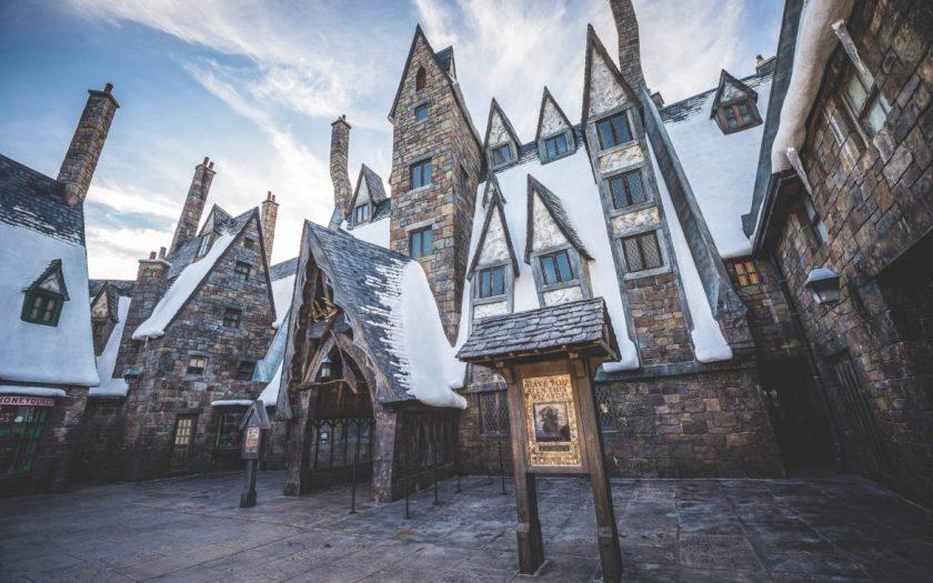 Tres escobas en el mágico mundo de Harry Potter