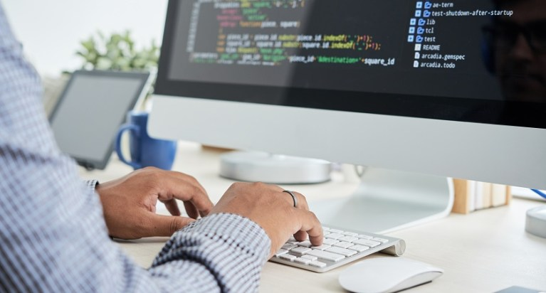 4 Most Important Developers You Need to Hire for Your SaaS Startup