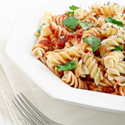 Rotini Recipe with Spicy Red Pepper and Almond Sauce