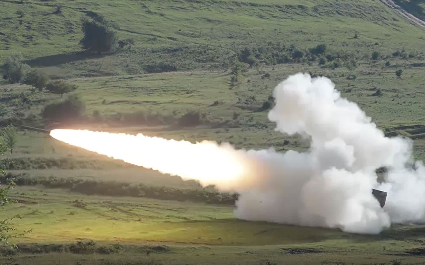 5th Battalion, 113th Field Artillery Regiment, North Carolina National Guard shoot their High Mobility Artillery Rocket Systems as part of Getica Saber.