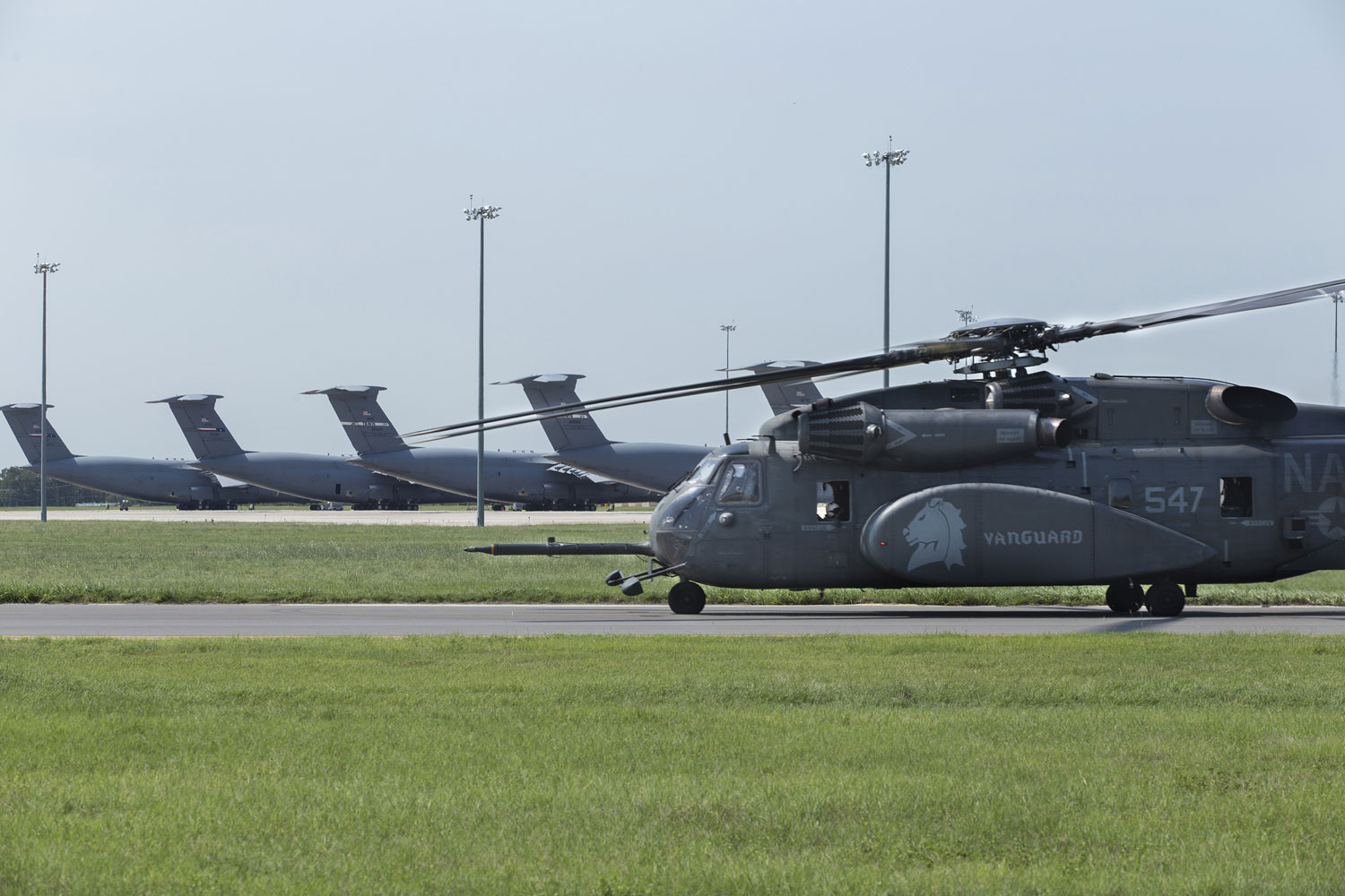 A MH-53E Sea Dragon with Helicopter Mine Countermeasures Squadron 14 departs Aug. 31, 2017, at Joint Base San Antonio-Lackland, Texas, for Hurricane Harvey relief missions.