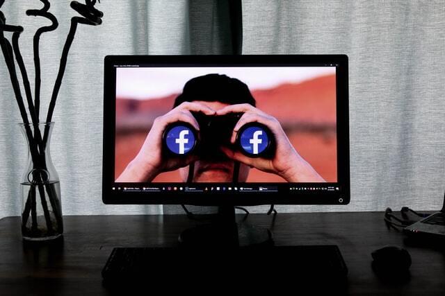 precaución en el uso de las redes sociales