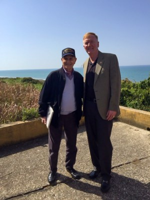 Vice Admiral James Foggo III, commander, U.S. 6th Fleet, poses with Alfredo Rinaldi, an Italian national who embedded with a U.S. Army infantry unit as a translator after the Allied landing at Anzio code-named Operation Shingle. Photo courtesy of VADM James Foggo III