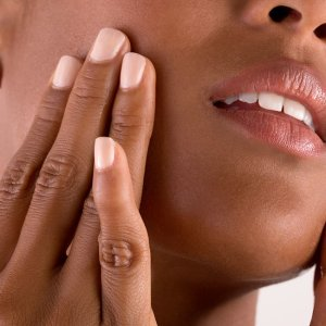 Why Facial Oil Is a Good Thing for Every Skin Type