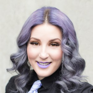 Vagaro Pro – How Hairstylist Sophia went from Salon Employee to Successful Independent Contractor in a Year