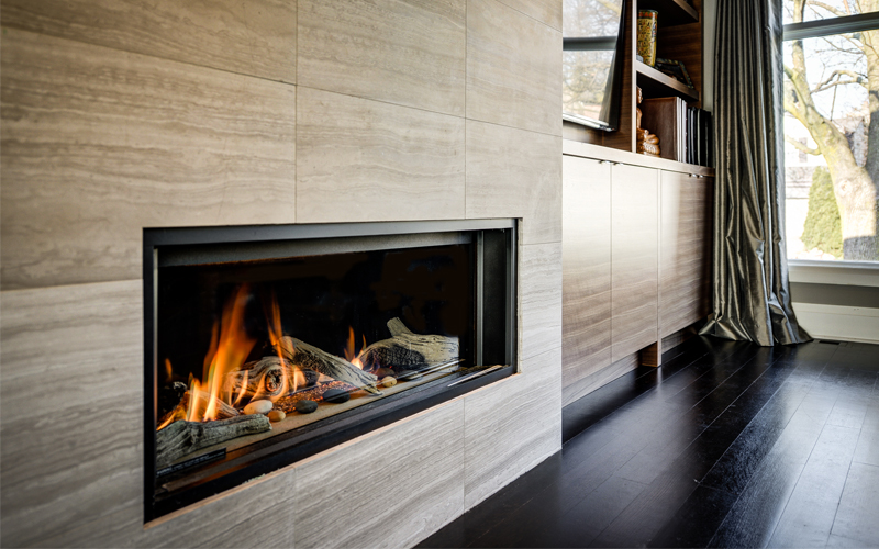L1 Linear Series fireplace