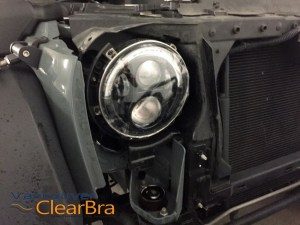 Jeep-Wrangler-Sport-Headlight-Xpel-Ultimate-Clear-Bra-Paint-Protection-Film-installation-Vancouver-ClearBra-2