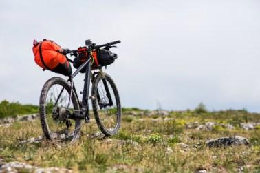Op fietstocht: welke fietstassen neem je mee?