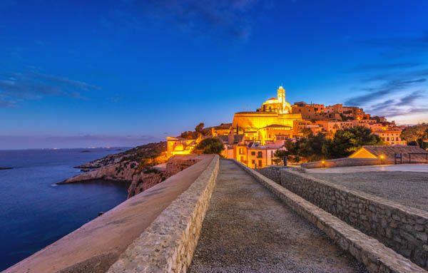 Dalt Vila Ibiza de noche
