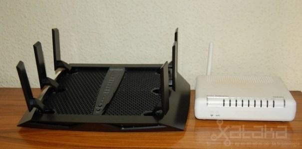Netgear Nighthawk X6 Junto A Router Normal