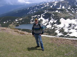 Ellis Shuman in front of one of the seven Rila lakes