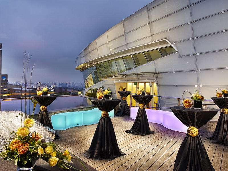 event-at-star-theatre-venuerific-blog-star-gallery-rooftop