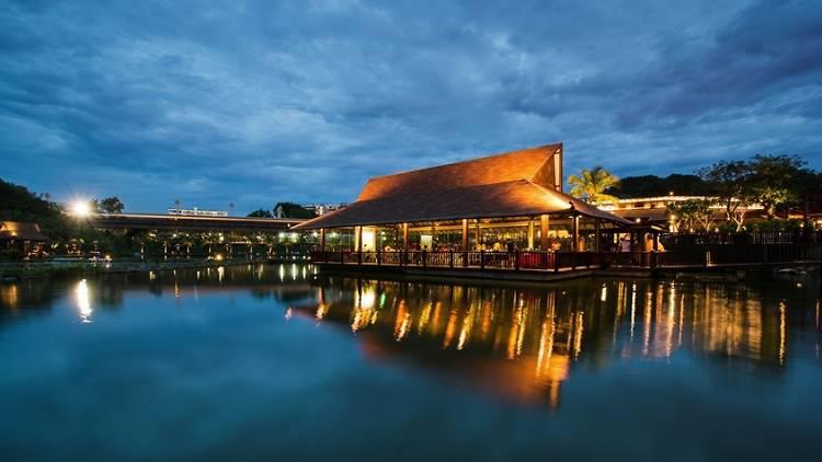 ways-to-enjoy-euro-2016-singapore-venuerific-blog-the-promenade