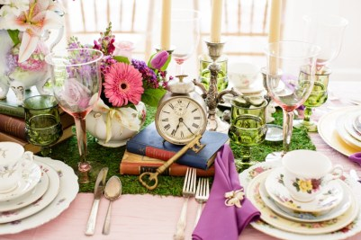 unique-bridal-shower-venuerific-blog-table-set-up