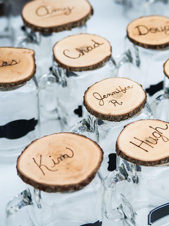 bohemian-wedding-venuerific-blog-wedding-doorgift-personalised-glass-bottle
