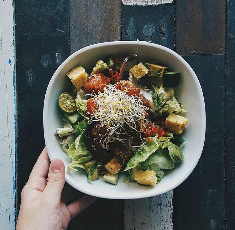 CBD-lunch-spaces-venuerific-blog-rollie-ollie-salad-bowl