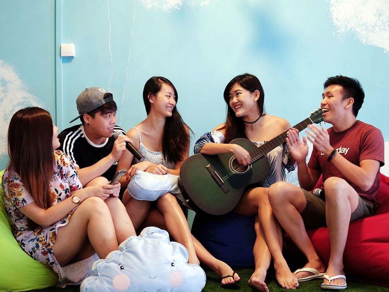 unique-venue-singapore-venuerific-blog-loft-cloud9-gathering