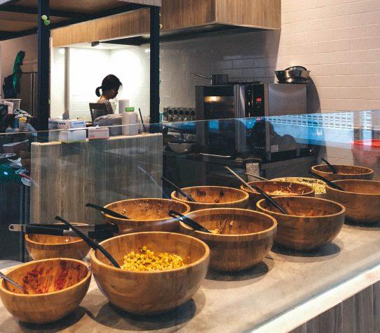 Hotspots-for-vegetarians-venuerific-singapore-avorush-salad-bar