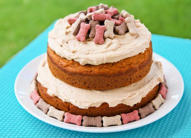 Dogs-birthday-venues-venuerific-blog-cake-inspiration-pretty
