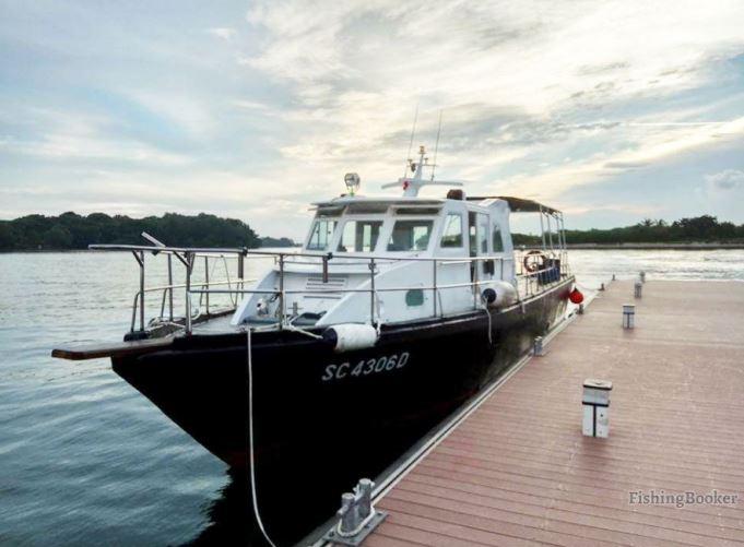 team-bonding-venuerific-blog-singapore-spending-the-day-on-boat