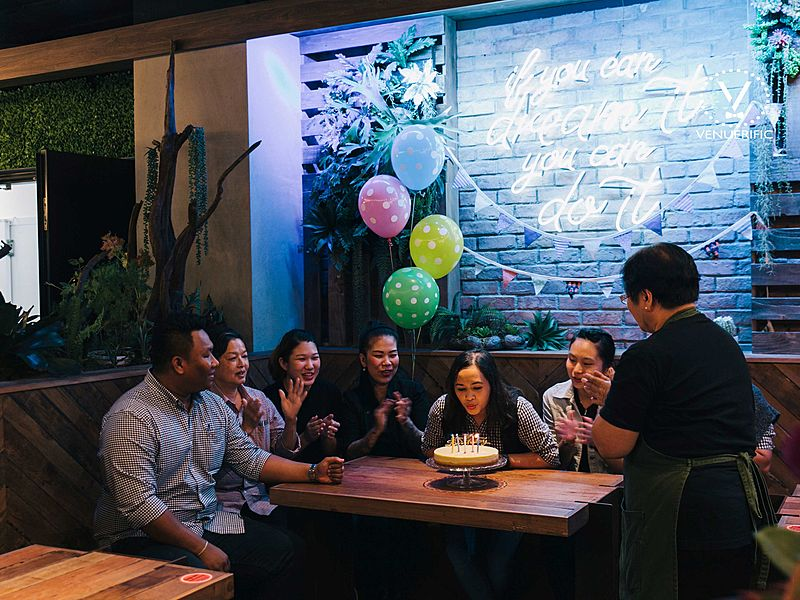 group of friends celebrating birthday at Picnic Urban Food Park