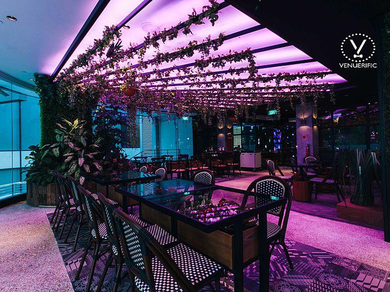garden-themed party venue