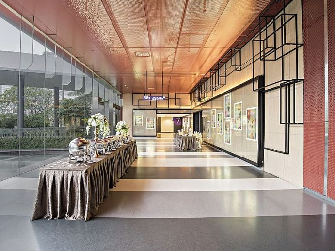 customisable ballroom for corporate parties