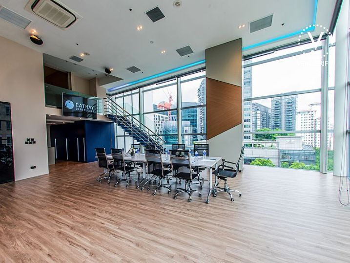 Fuction room singapore with natural light