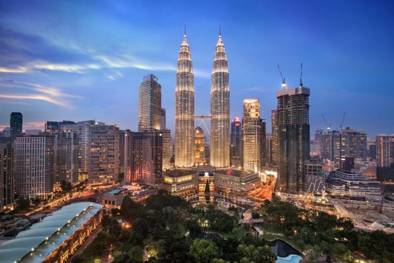 The world's tallest twin skyscrapers at Kuala Lumpur Malaysia