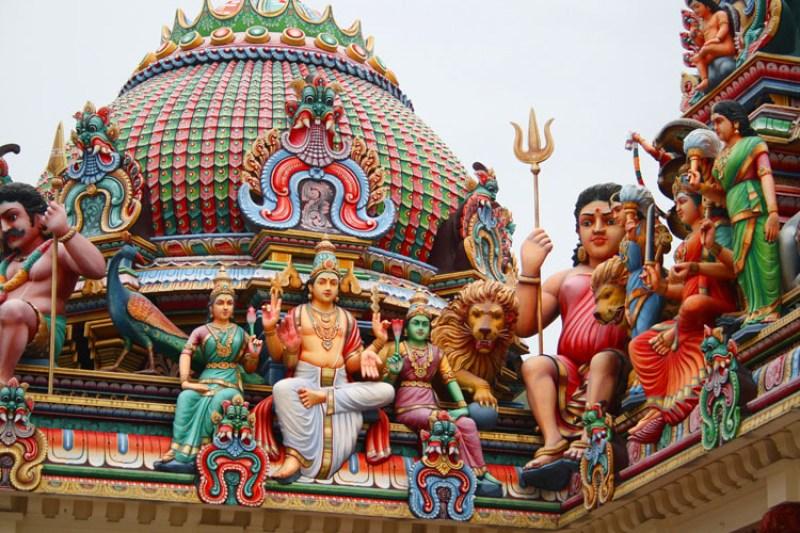 beautiful temple singapore little india