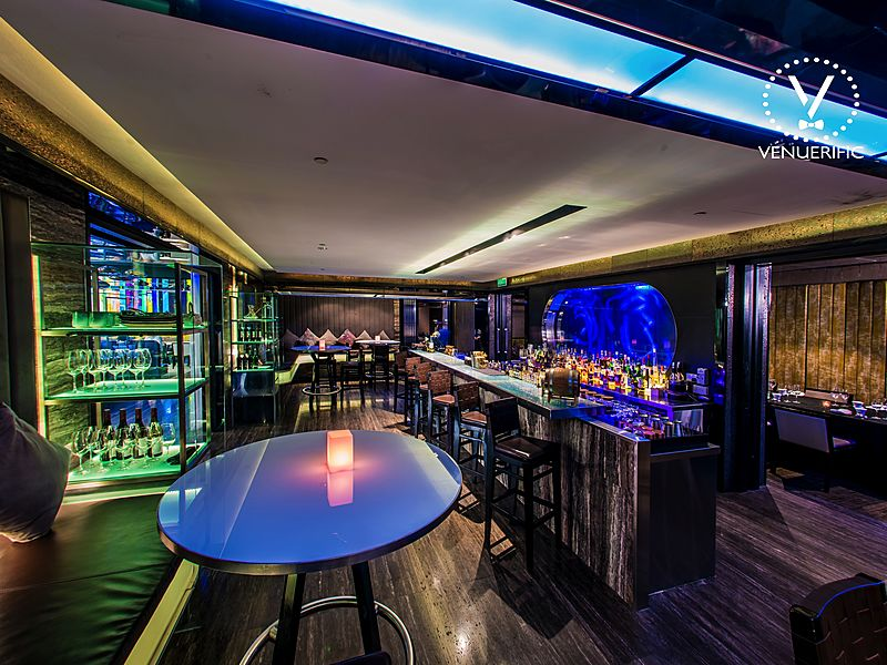 modern and nice bar grand park orchard singapore