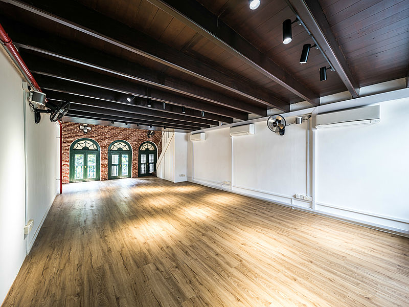 shake farm's multifunctional event space