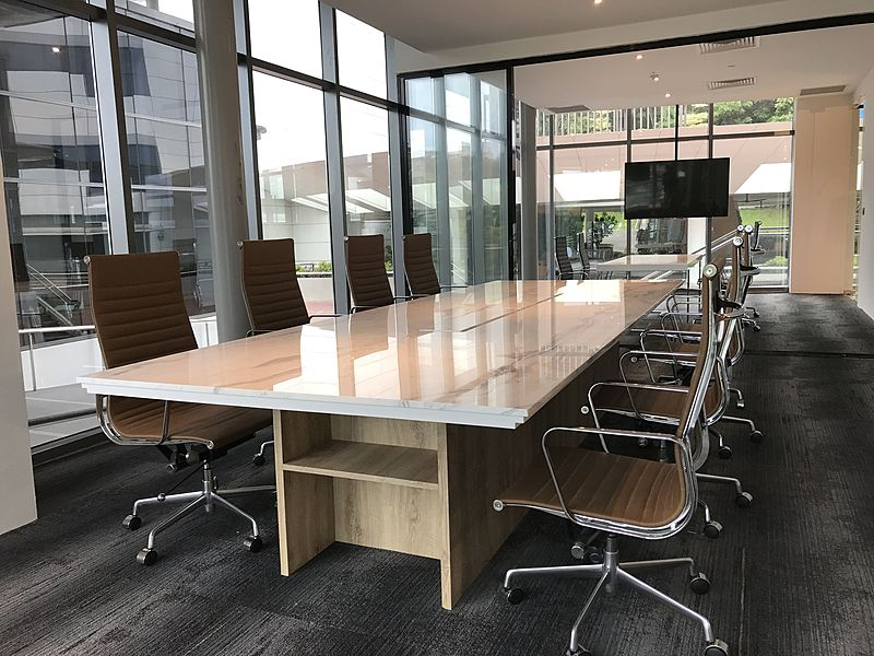 CoSpace Park meeting room