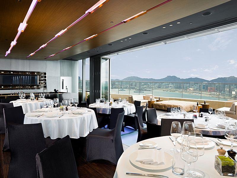 rooftop bar perfect for weddings hong kong