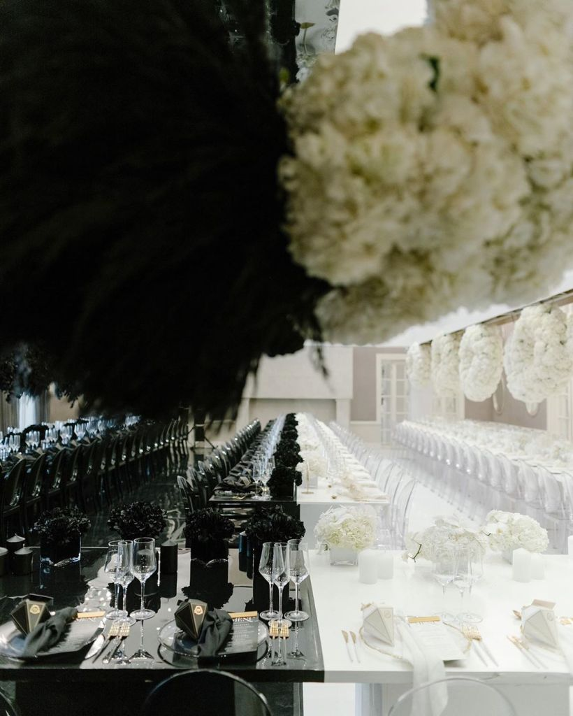 black and white wedding decoration