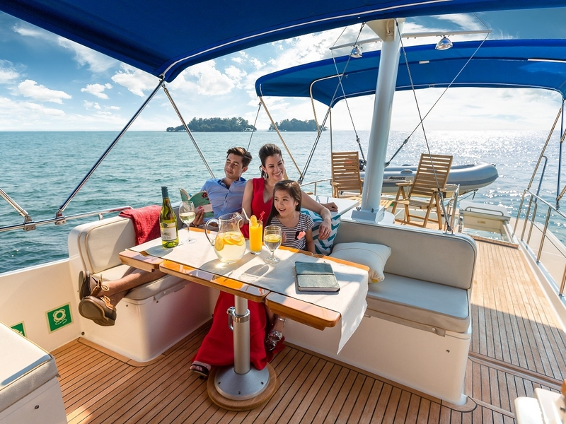 family trip with private big yacht in singapore
