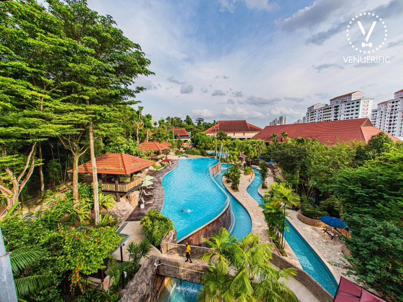 clubhouse swimming area for solemnisation