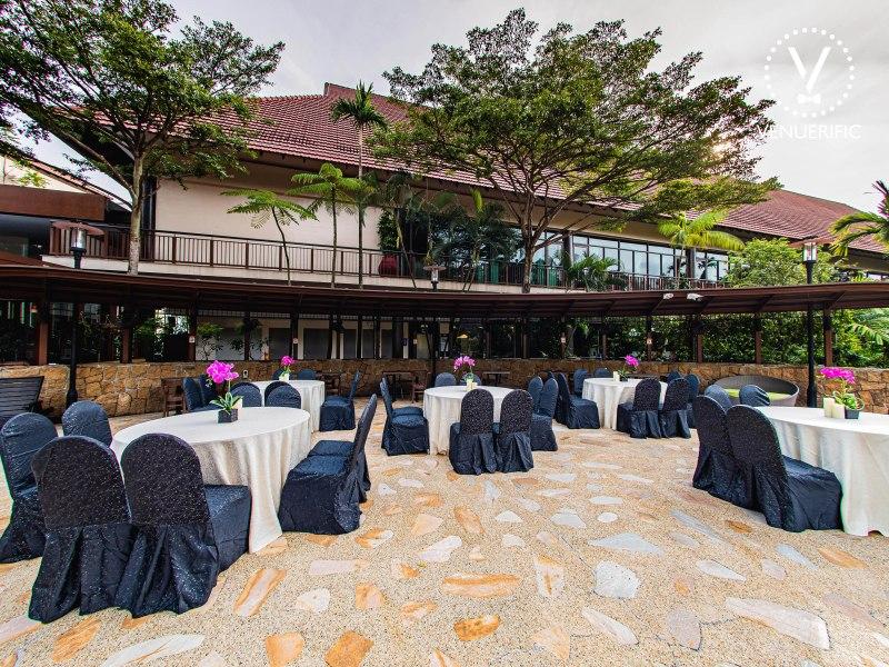 outdoors wedding dining set up for solemnisation