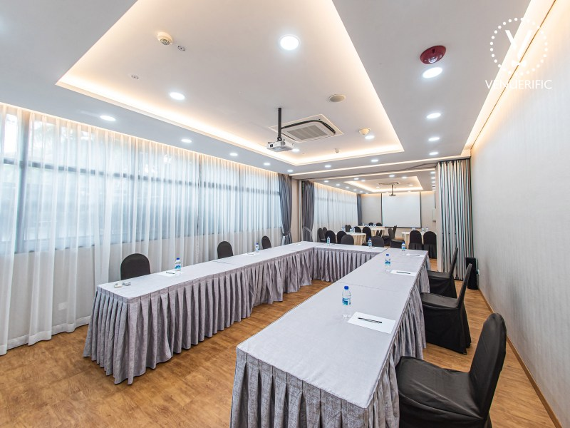 Corporate Event Venue Boardroom Meeting