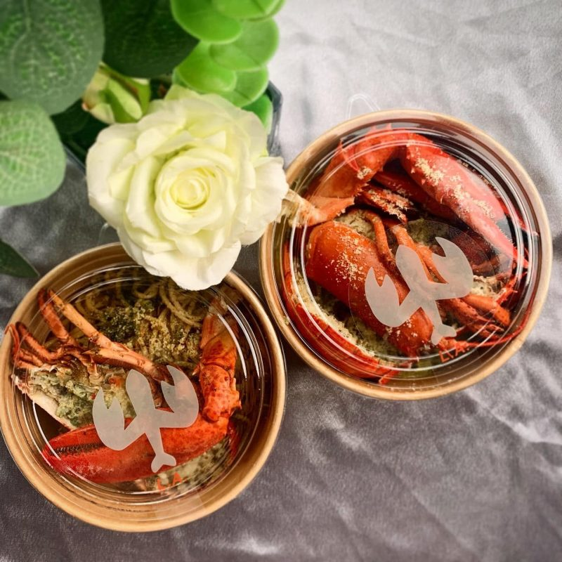 Best restaurant deals in Singapore at Lobster Air - free islandwide delivery