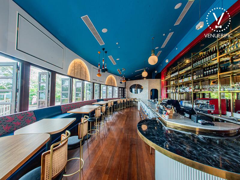 Beautiful restaurant and bar for wedding