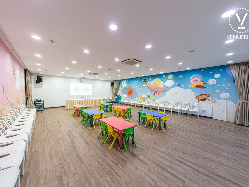room with colorful walls and furniture for kids